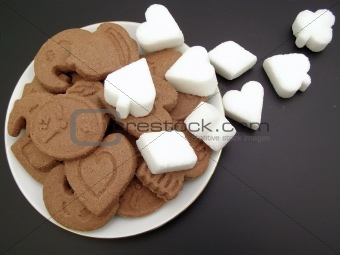 Biscuit plate with sugar