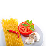 Italian spaghetti pasta tomato ingredients