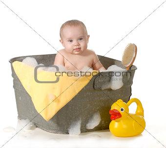 baby bathtime