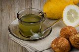 Lemon tea and cookies