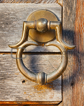 old brass door handle