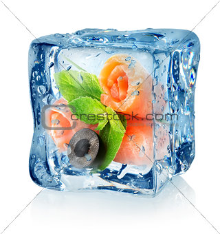 Fish rolls in ice cube