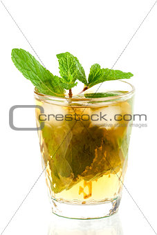 Alcohol cocktail with whiskey and mint