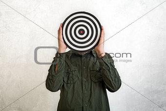 Target head