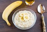 Oat porridge with banana
