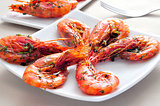 spanish shrimps with garlic and parsley