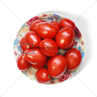 tomatoes on plate