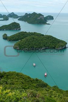 uninhabited islands in the sea