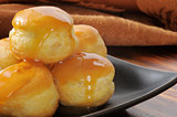 Mini Cream PUffs with Caramel
