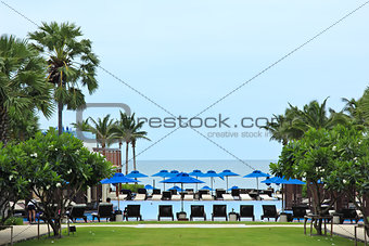 Deckchairs and swimming pool