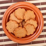 dish of cinnamon cookies