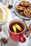 cup of tea with lemon slices