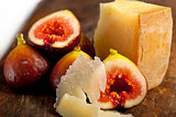pecorino cheese and fresh figs