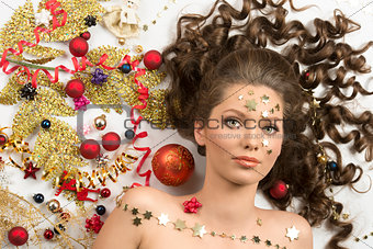 close-up christmas portrait of brunette girl