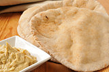 Pita bread with garlic hummus