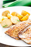 Fried mackerel with baked potato