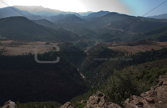 Tizi-n-tichka pass canyon