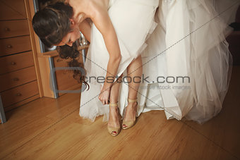 bride  is getting ready