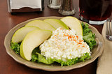 Cottage cheese and pears
