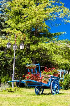 cart with flowers, Saint-Julien-en-Beauchen, Provence, France