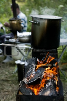 Chargrill with a boiling pot