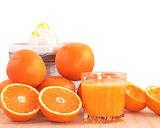 Oranges and juicer.