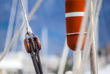 Running rigging gear and sailing rope