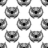 Seamless pattern of wise old owls