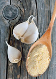 garlic cloves, bulb and powder