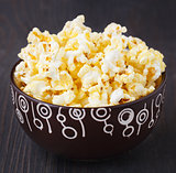 Fresh popcorn in bowl