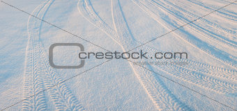 Tire tracks on the snow 02