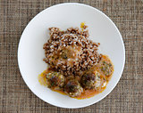 Buckwheat with small meat balls