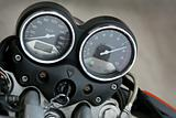 Speedmeter and tachometer