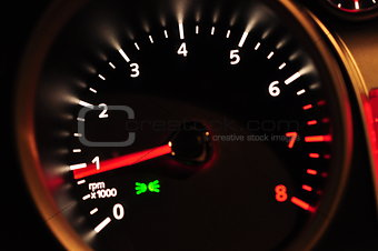 Acceleration meter