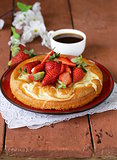 vanilla cake with fresh strawberries - summer pastries