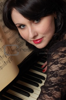 flirting pianist
