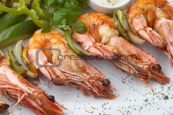 grilled shrimps with vegeables