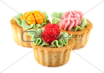 Three cakes basket