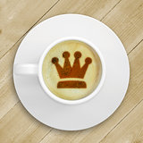 Picture of the crown in the coffee foam