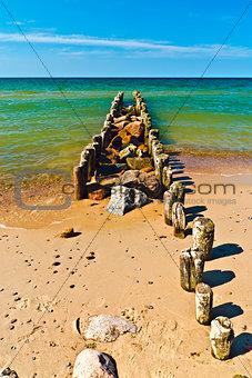 Beach, sea, breakwater...