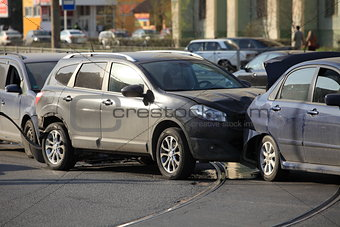 accident involving three  cars