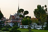 garden in wat arun areal