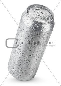 500 ml aluminum can with water drops