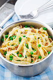 Pasta with peas and bacon