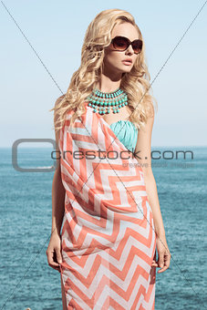 girl with fashion summer look