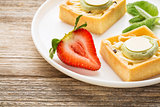 dessert - tarts with strawberry