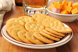 Crackers with ham and cheese