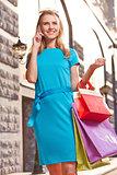 Shopper calling
