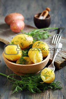 Potatoes with butter and dill.