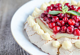 Pavlova meringue with cherries